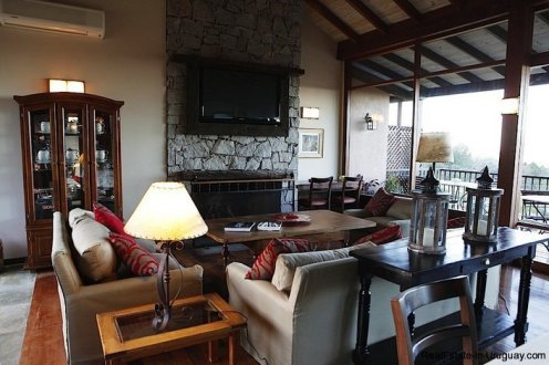 5080-Exclusive-Country-Hotel-or-Luxury-Family-Home-2772