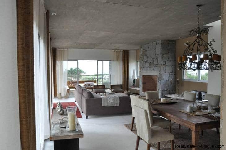 5085-Unique-Modern-Home-close-to-the-Beach-2835