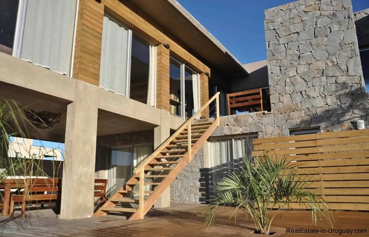 5085-Unique-Modern-Home-close-to-the-Beach-2841