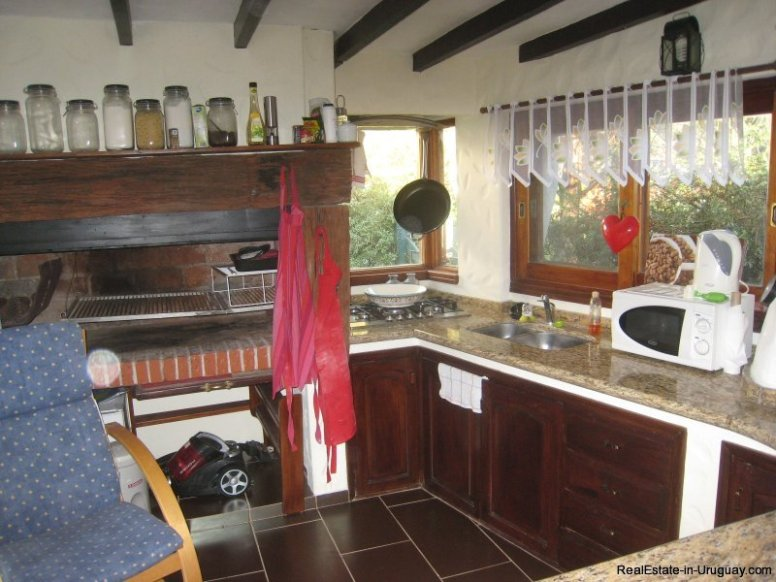 0002TA-Great-Family-Property-in-Punta-Ballena-3989