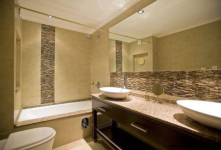 1137-Elegance-Design-and-Comfort-in-Carrasco-3919