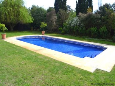 1352-Magnificent-Residence-in-Carrasco-4108