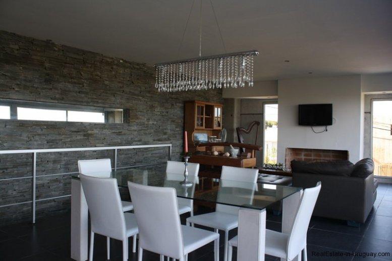 5350-Modern-House-on-the-Ocean-in-El-Chorro-4177