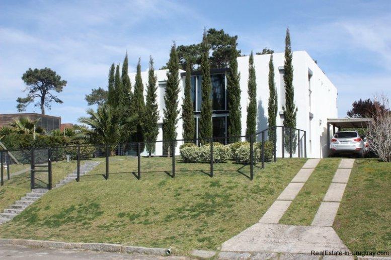 5275-Modern-House-by-Mansa-Beach-Punta-Del-Este-4335