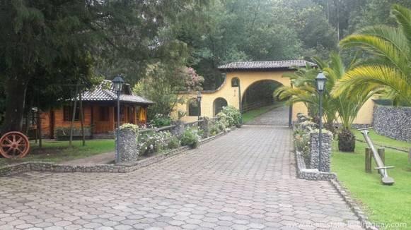 ntrance Hacienda Amaguana Valle de los Chillos, Ecuador