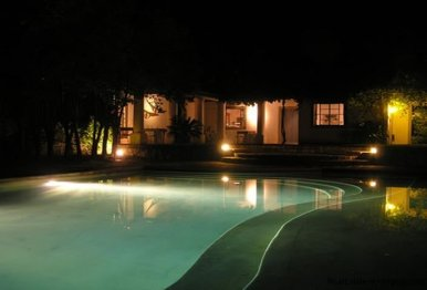 1281-Pool-of-Chacra-close-to-historical-town-Colonia-del-Sacramento