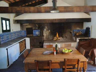 Kitchen-of-Historical-Estancia-near-Casupa