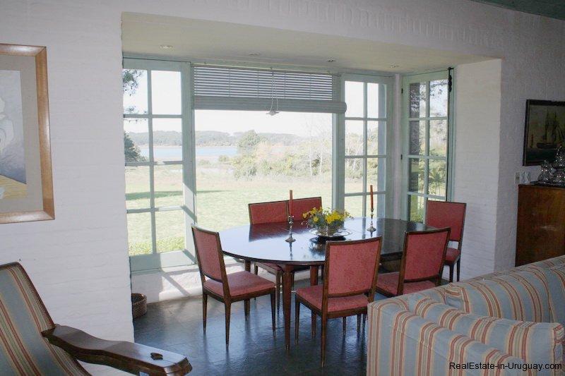 Dining-of-Estancia-overlooking-Laguna-Blanca-in-Manantiales