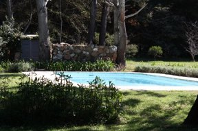 Pool-of-Estancia-overlooking-Laguna-Blanca-in-Manantiales