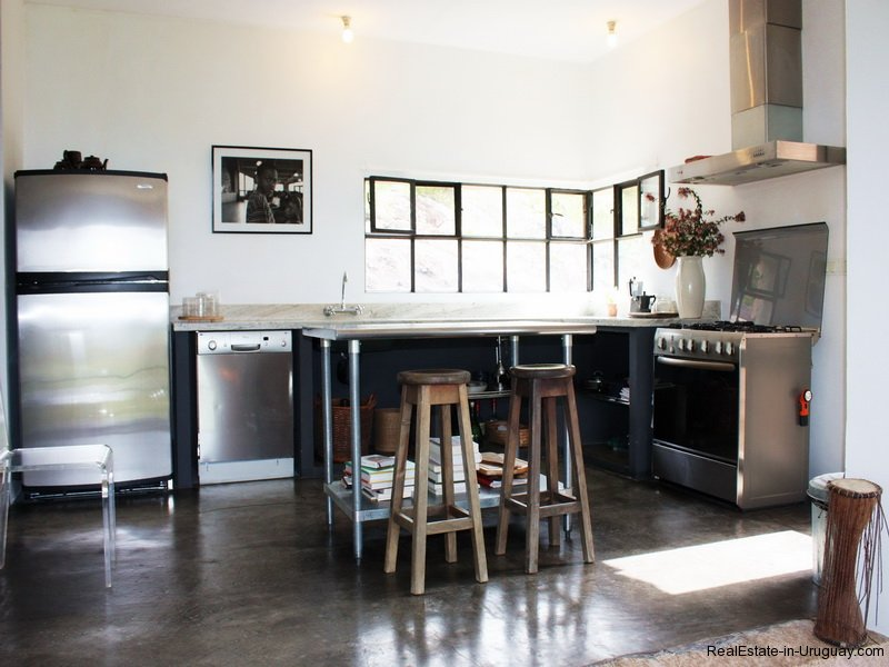 Kitchen-shot-of-Modern-Stone-Chacra-in-the-Minas-Area