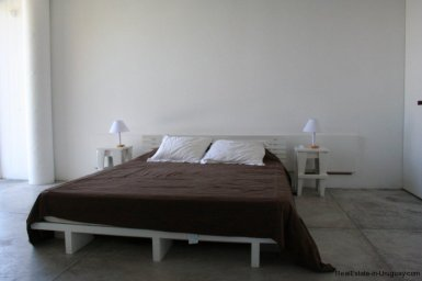 5601-Master-of-Remodeled-Beach-House-La-Barra