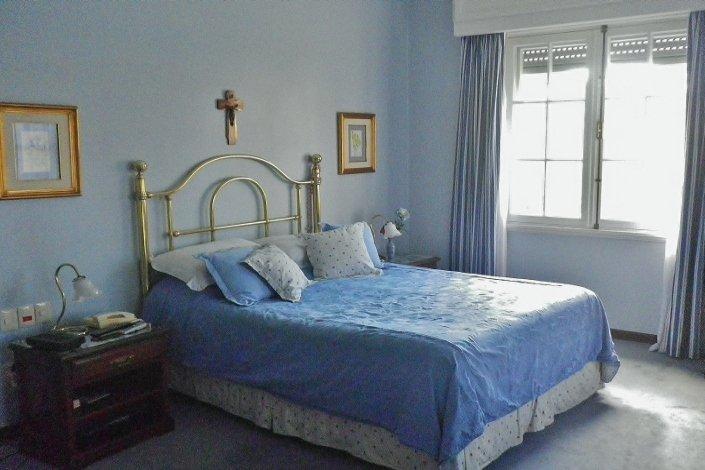 Bedroom-of-Traditional-Villa-Carrasco-Montevideo