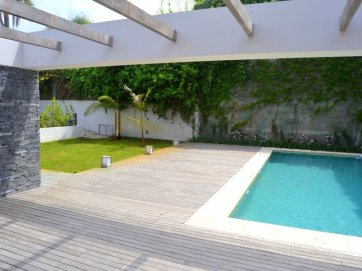 1254-Pool-of-Apartment-Alpha-Place-Montevideo