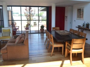 1413-Dining-in-Lake-Home-in-Lagos-Montevideo
