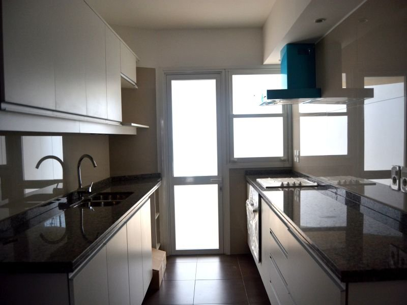 Kitchen-of-New-Apartment-Punta-Gorda-Montevideo