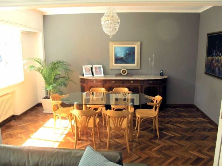 1557-Diningroom-of-Park-Apartment-in-Montevideo-