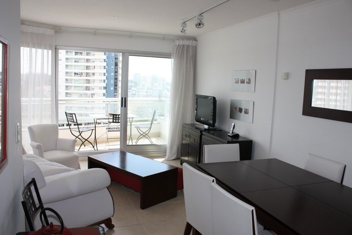 Dining-of-Apartment-South-Beach-Punta-del-Este