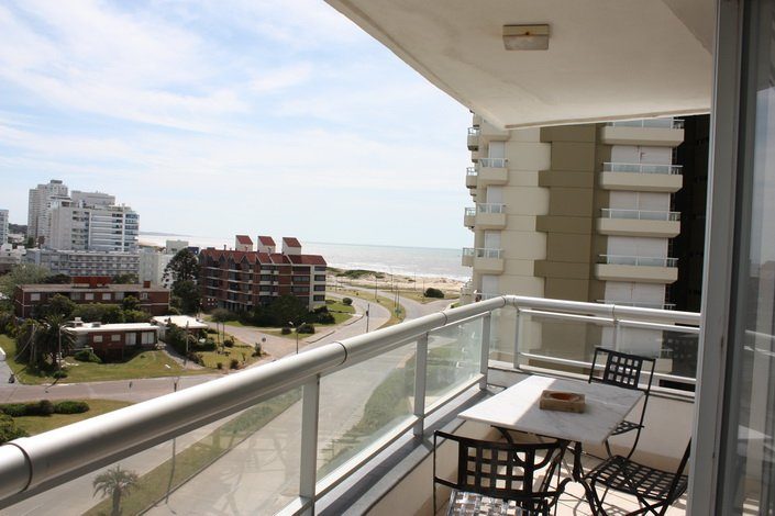 Terrace-of-Apartment-South-Beach-Punta-del-Este