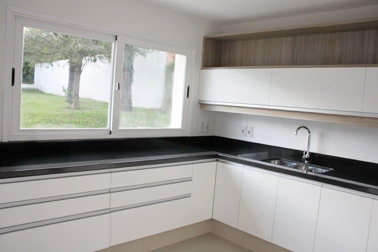 Kitchen-of-Home-in-San-Rafael-area-Punta-del-Este