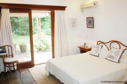 5531-Bedroom-of-Traditional-Villa-in-El-Golf-Punta-del-Este