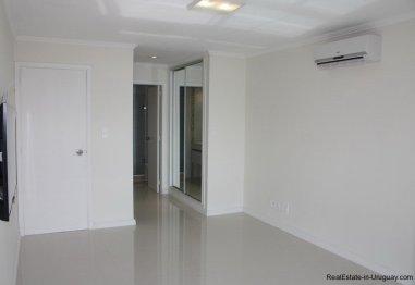 5656-Bedroom-of-Sea-View-Condo-Punta-del-Este