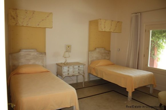 4693-Chacra-San-Carlos-Area-Guestroom