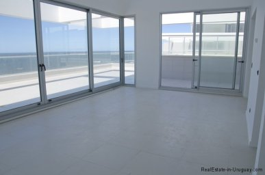4985-Living-of-Penthouse-Brava-Beach-5