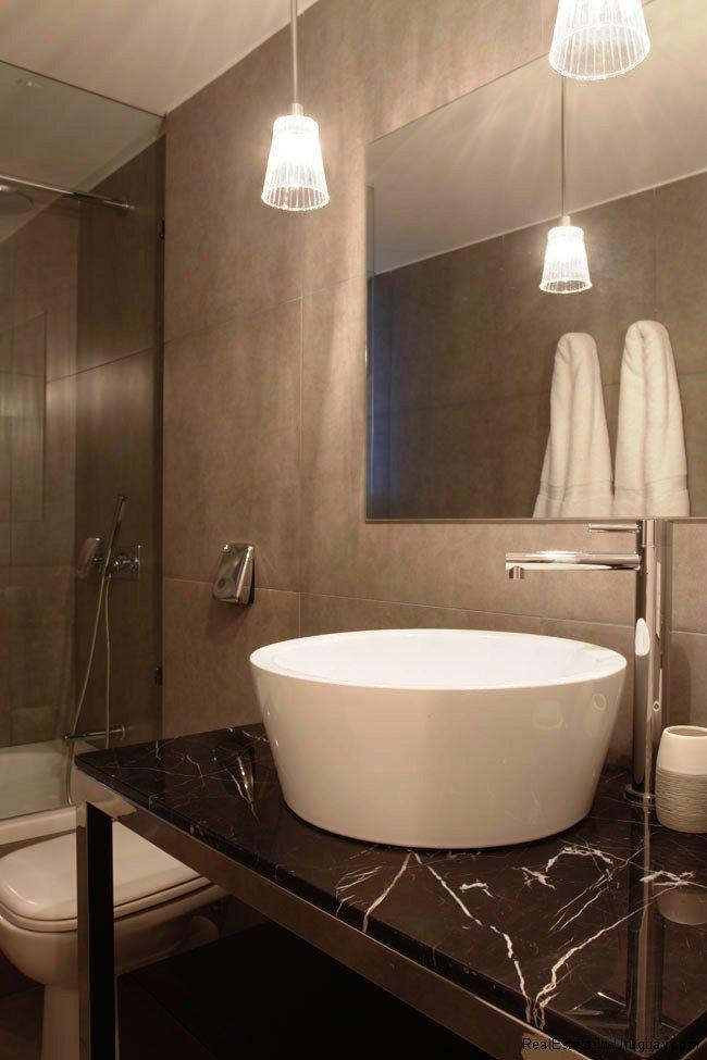 5167-Bathroom-of-Yoo-Apartment-Punta-del-Este