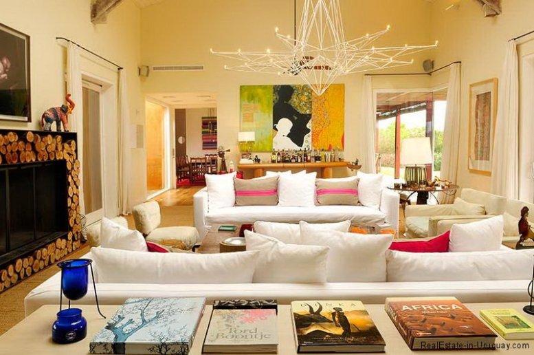 5678-Living-Room-of-Large-Estancia-La-Barra-7