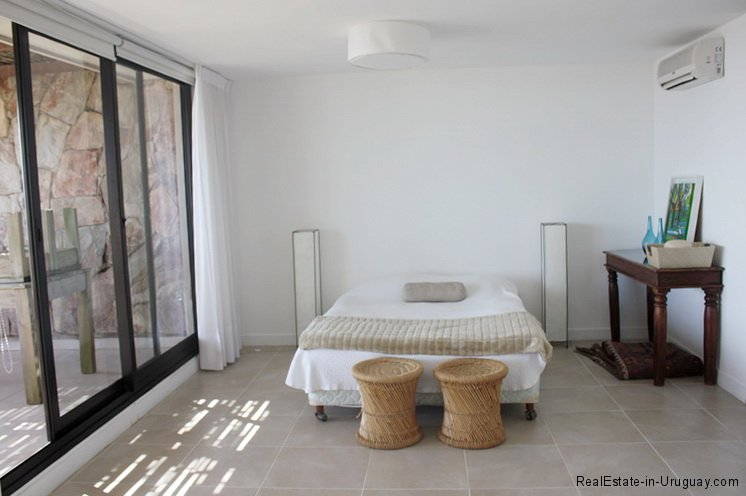 5683-Bedroom-of-Sea-View-Apartment-Punta-Ballena