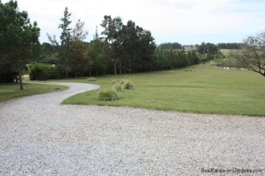 5196-Driveway-of-Chacra-Punta-Ballena-Area