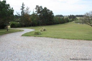 5196-Driveway-of-Chacra-Punta-Ballena-Area