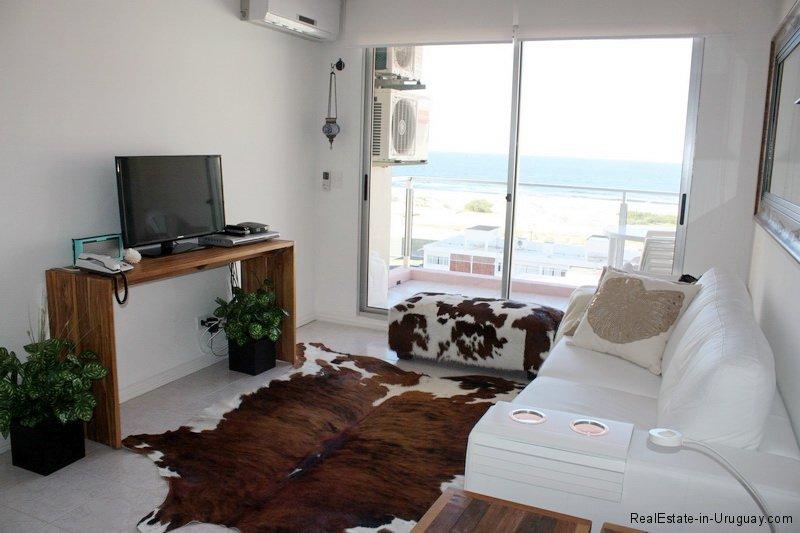 5646-Living-of-Apartment-Punta-del-Este