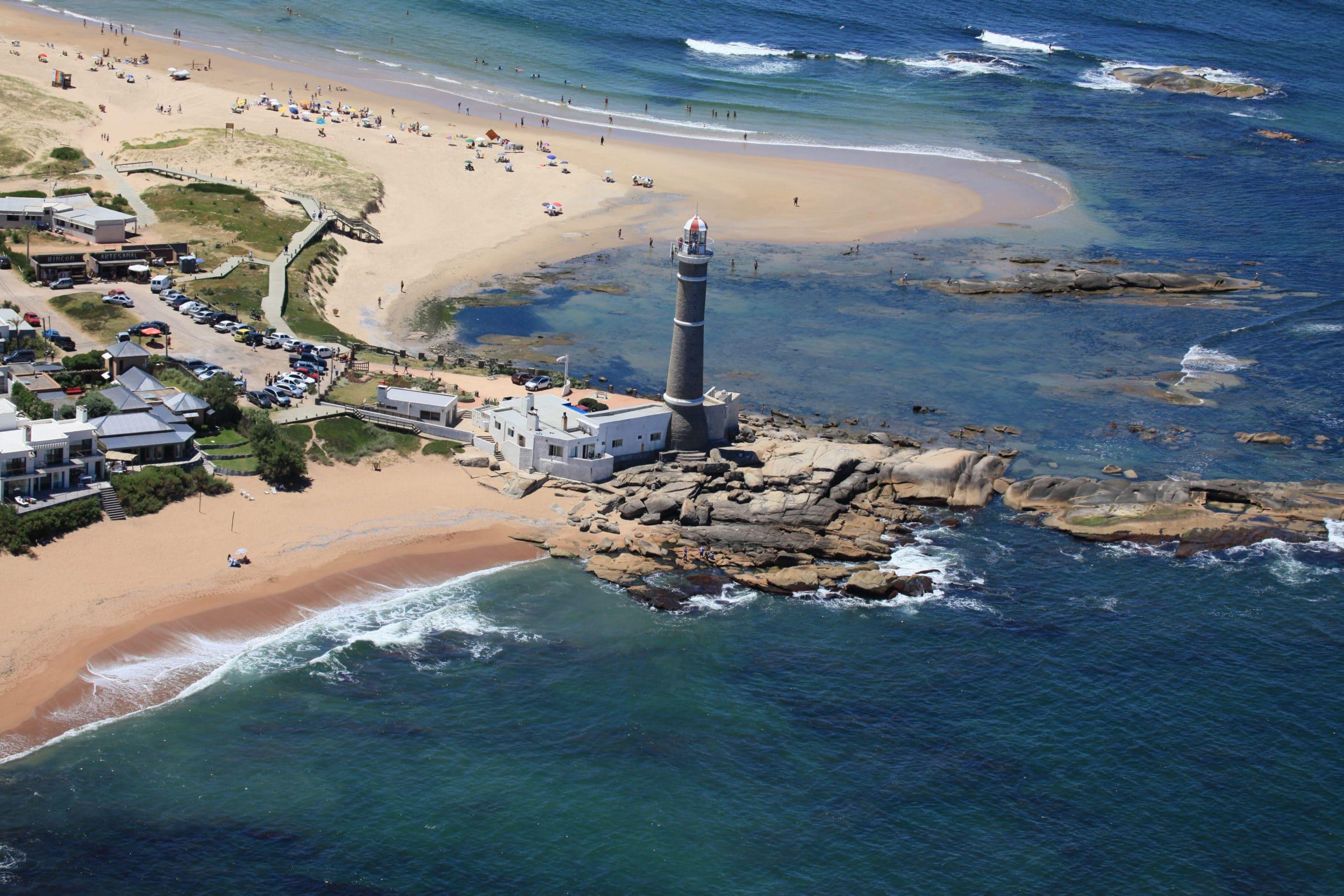 Light tower Jose Ignacio
