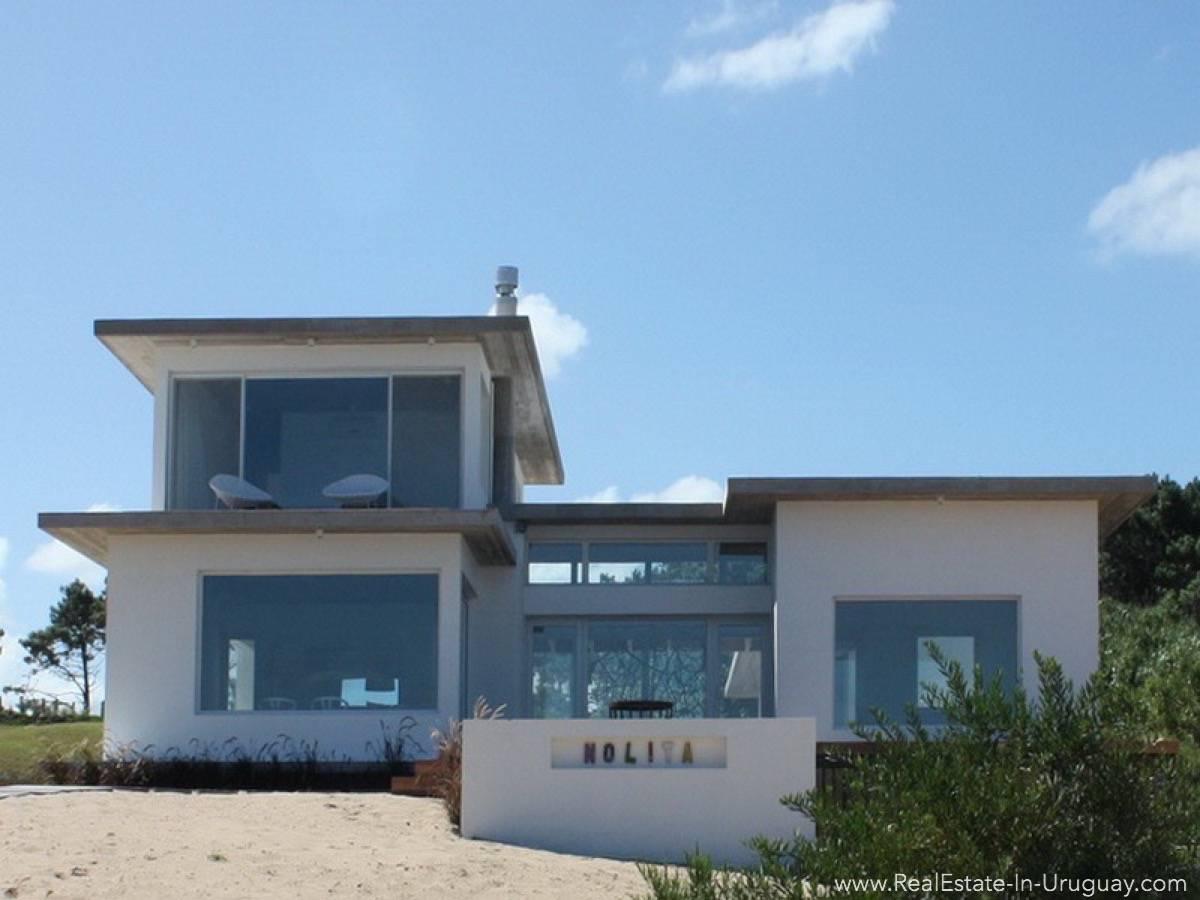 Beach House in Jose Ignacio House Outside