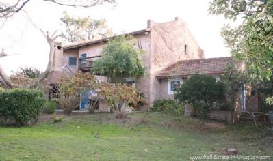 Romantic House in La Bara House Outside