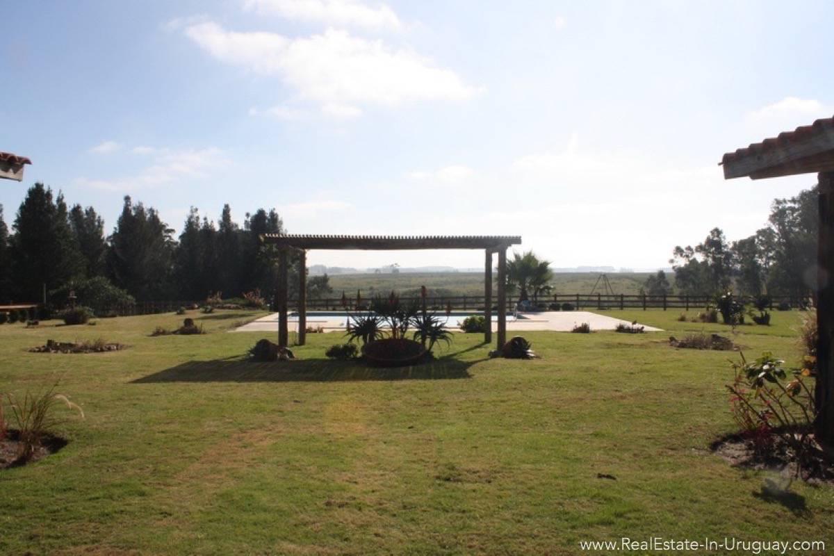 Estancia in Jose Ignacio - Garden View