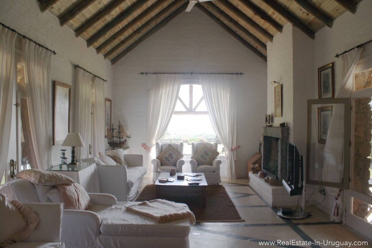 Estancia in Jose Ignacio - Living Room