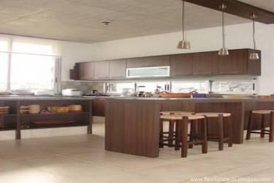 Modern Beach House Club del Mar - Kitchen