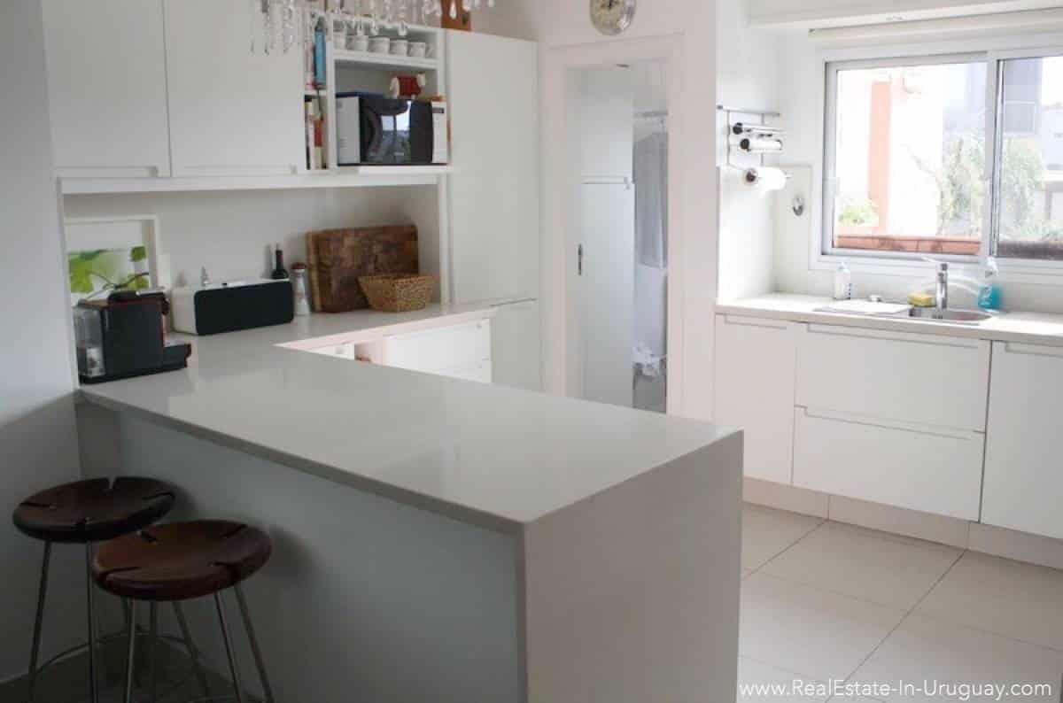 Ocean Front Apartment - Kitchen