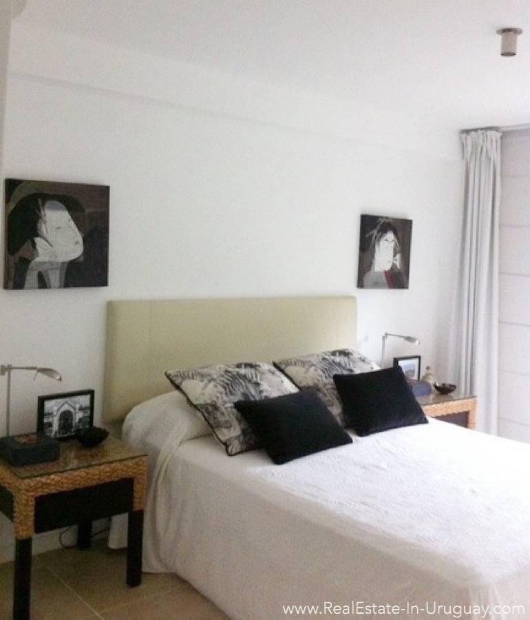 Sea View Apartment - Master Bedroom