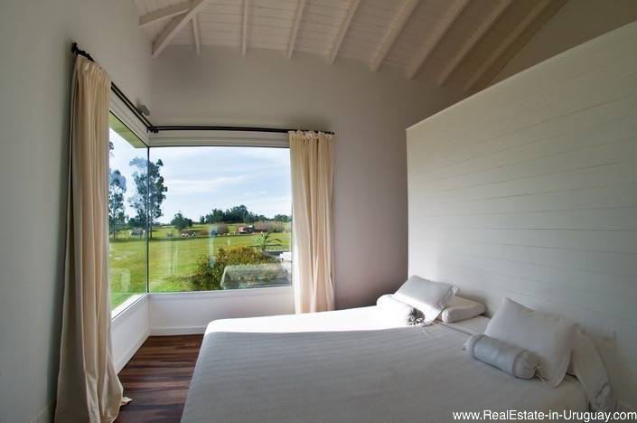 5261 Country Home near La Barra - Master Bedroom