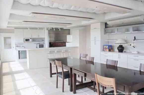 Exclusive Apartment on Mansa