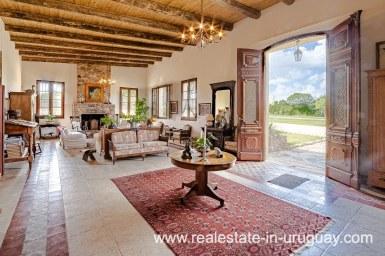 Magnificent Restored Historic Country Villa in Pueblo Eden with large Park
