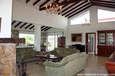 New Home on 10 Hectares in Pueblo Eden