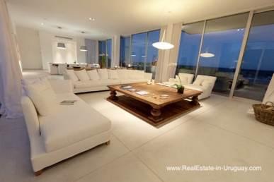 Modern Villa Frontline on Bikini Beach in Manantiales