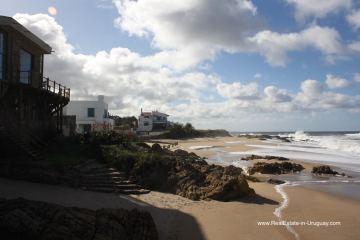 Classic Brick Stone Villa right on the Beach in Punta Piedras