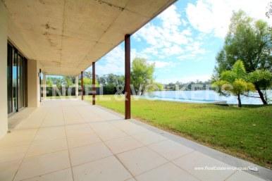Modern Home by the Lake Lagos de Carrasco Montevideo, Uruguay