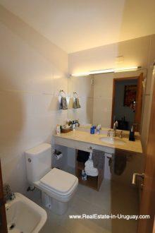 Guest Bathroom of Bright Modern Apartment with Sea Views in Punta del Este