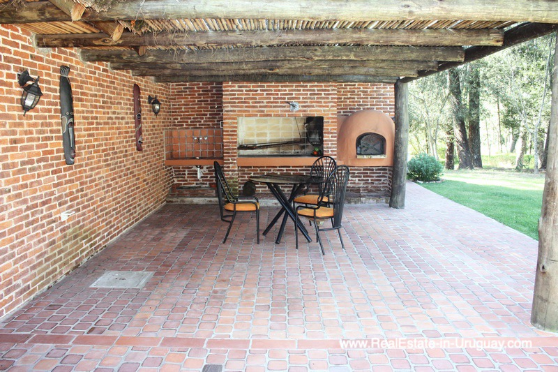 BBQ of Well Built Home in Parque Burnett in Punta del Este